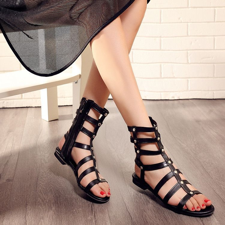 Features: Hollow Out, Studded Heel Height: 1 cm Platform