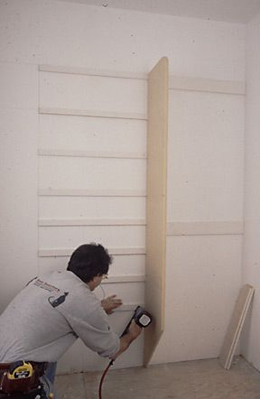 Attrayant Installing Closet Shelving