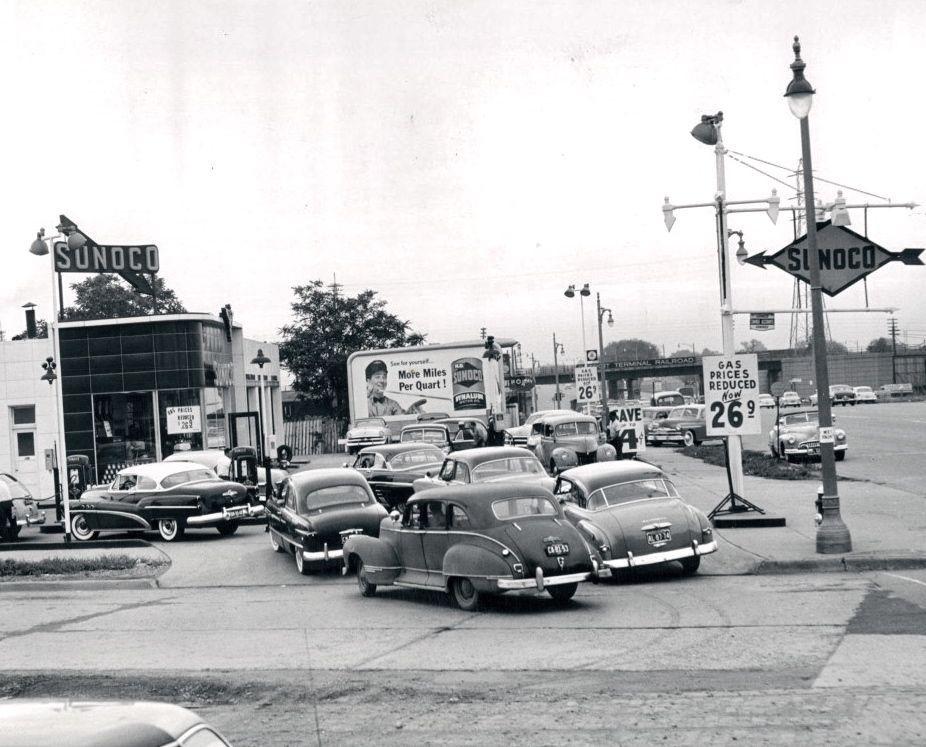 Detroit Gas Prices >> Gas Prices In Detroit Mi Circa 1953 Vintage Gas Prices Old Gas