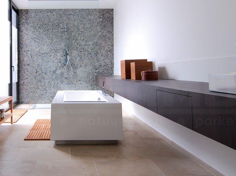 Natuursteen keien impermo badkamer moza ek moza ek op net badkamer wandtegel platte keien - Badkamer tegels mozaiek ...