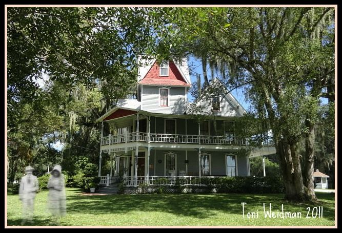 Visit A Real Haunted House The May Stringer House In Brooksville Fl Real Haunted Houses Brooksville Haunted House
