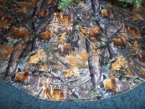 Camo Mossy Oak Quilted Christmas tree skirt 36\