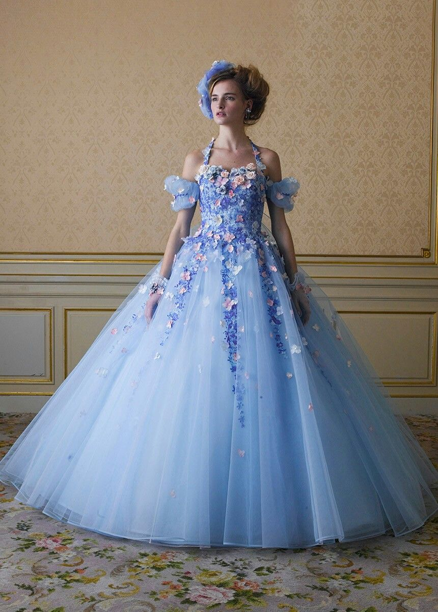Pin by charlotte foki on beautiful dresses pinterest gowns robe