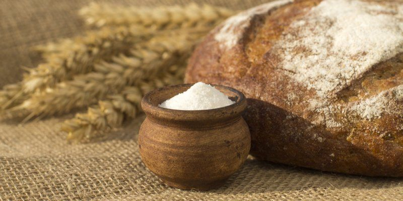 Brot Salz Als Geschenk Zur Hochzeit Brauch Brot Und Salz Brot Geschenk Hochzeit
