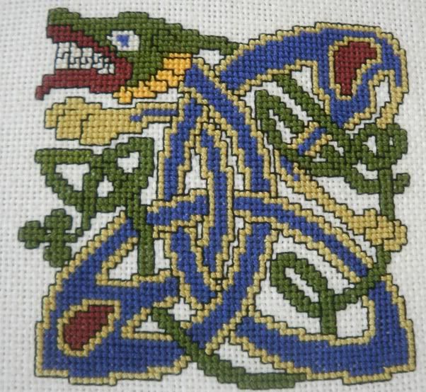 Celtic dragon, I have to be able to use this chart for something! Knit, crochet, embroider?