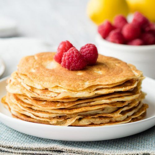You have to try these Keto Cream Cheese Pancakes! They are so good, even if you are not on the ketogenic diet. This low carb recipe uses almond flour and is so easy to make. It's a breakfast recipe that is perfect for families, including babies and kids too. Gluten free and no sugar. Recipe on . ||
