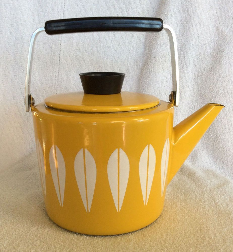 Vintage Cathrineholm Lotus white on yellow enamel tea pot