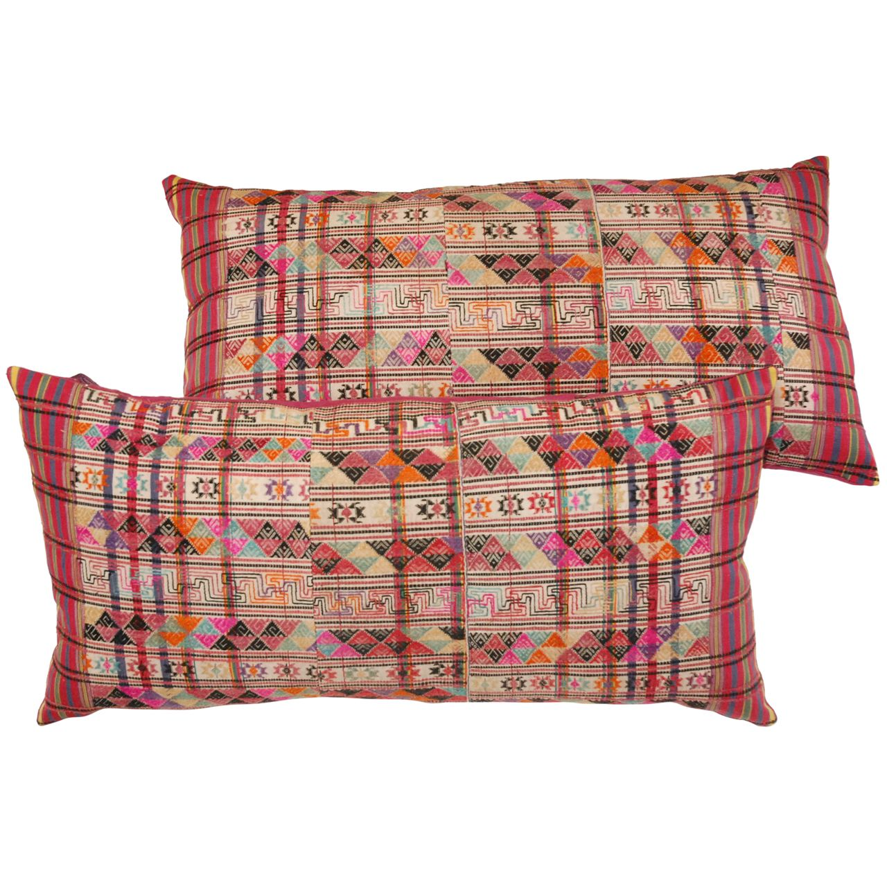 1stdibs Bhutanese Embroidery Large Pillows - Afrikanische Teppiche