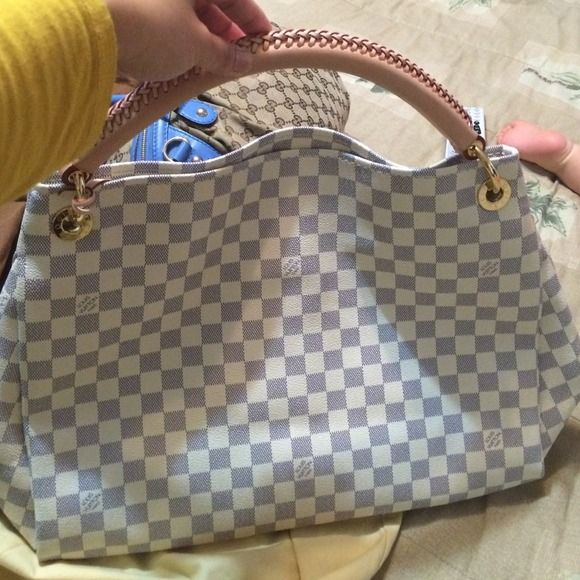 Just sharing just receive my new baby artsy mm Louis vuitton artsy mm Louis  Vuitton Bags d6b0732dc549b