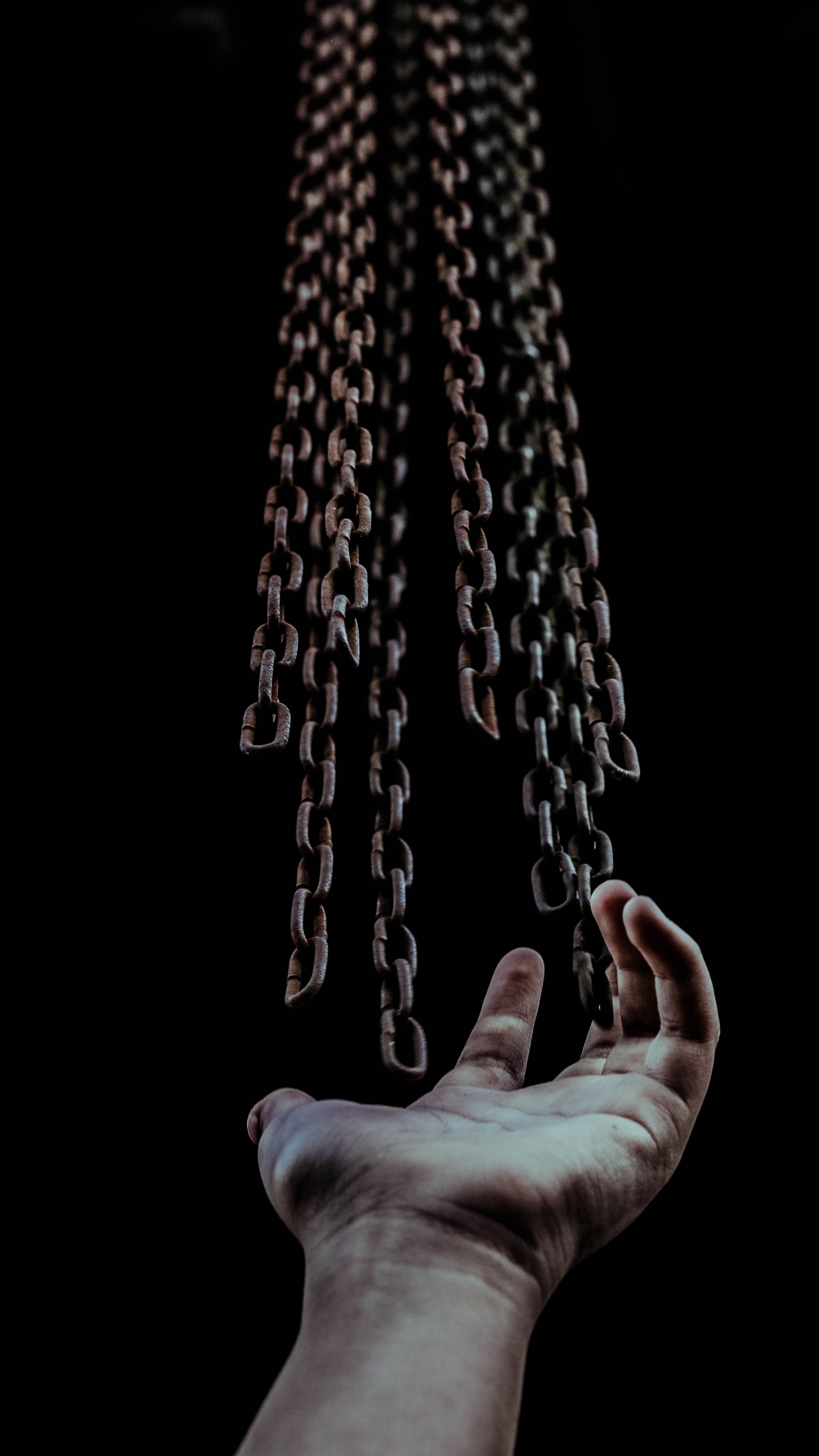 Misc Hand Chains Freedom Android Wallpapers 4k Hd Freedom Pictures Dark Wallpaper Freedom Images