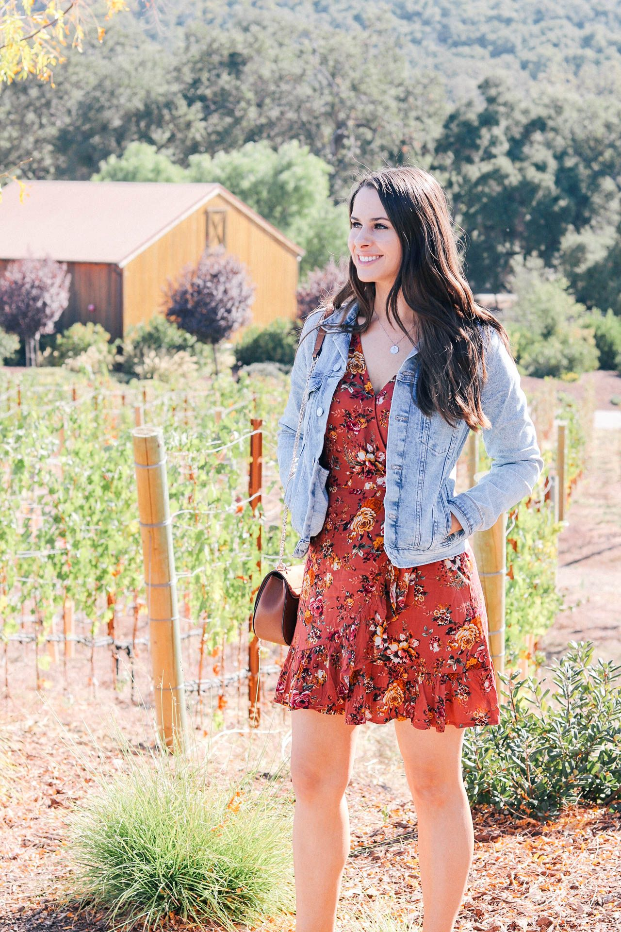 How To Spend A Weekend In Paso Robles And San Luis Obispo Lauren Campbell In 2020 Wineries Outfit Wine Tasting Outfit Paso Robles