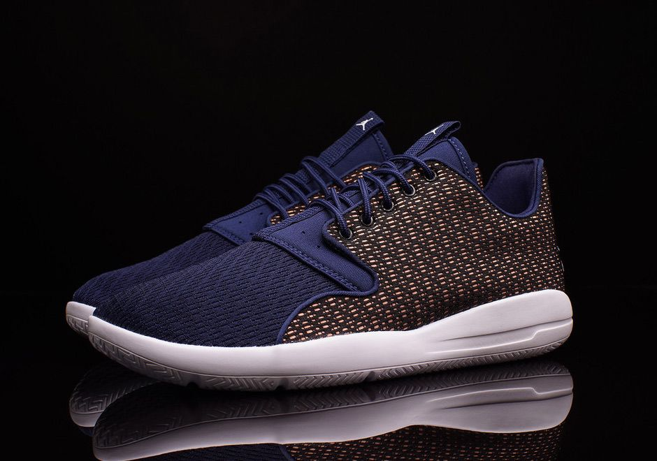 """Three New Jordan Eclipse Releases Hit Stores A Day After The """"Supermoon""""  Page 2 of 2 - SneakerNews.com 4c792aa74"""