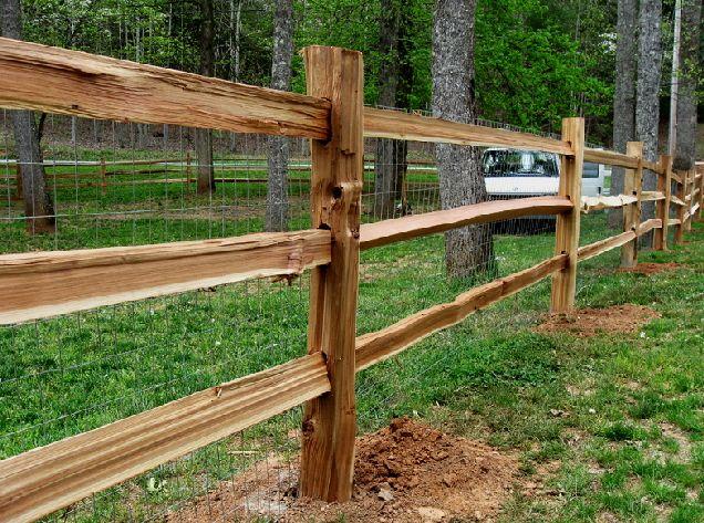Cedar Split Rail Fence with galvanized 2x4 welded wire attached to ...