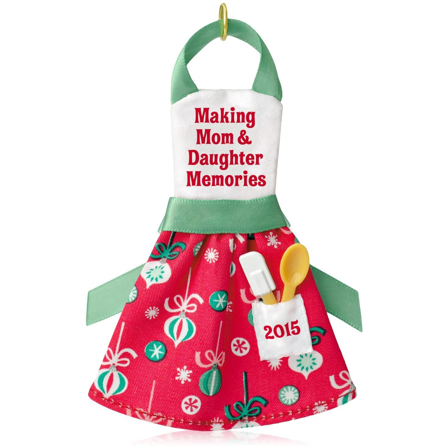 2015 Mom And Daughter Memories Hallmark Keepsake Ornament  Hooked