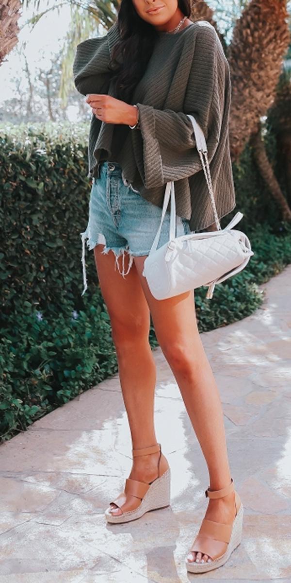 d6d350590017 Summer Outfit. Casual Summer. Emily Ann Gemma
