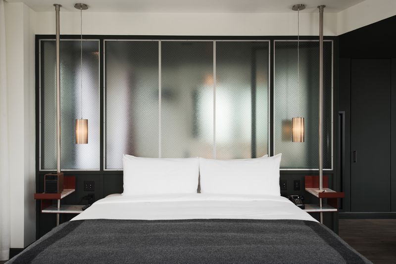 After years of planning and performing renovation work, the new Robey hotel finally opens this week in Wicker Park. Located in the historic Northwest Tower designed by Perkins, Chatten & Hammond,...