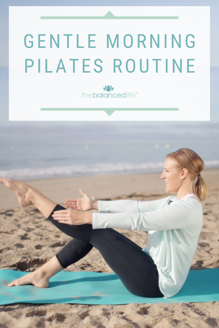 Wake your body up with a gentle morning pilates routine! A quick warm up