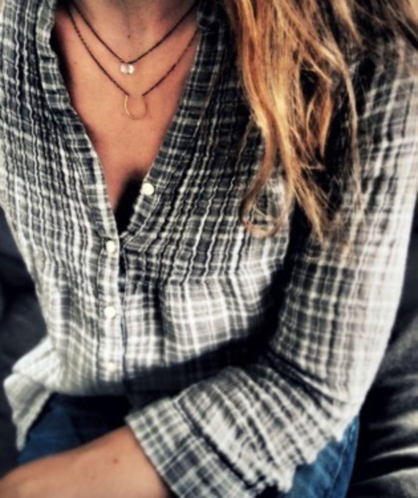 Shirt and horseshoe necklace
