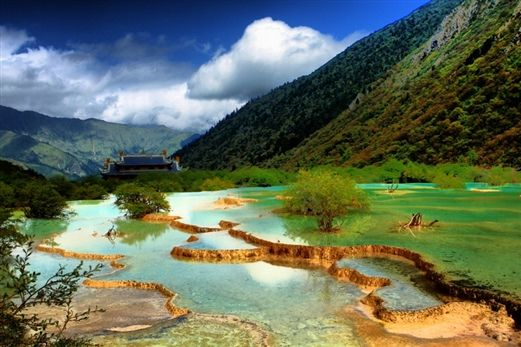 Jiuzhaigou-Huanglong, China. I want to be there this very moment, every moment of my life. Pleeeease.