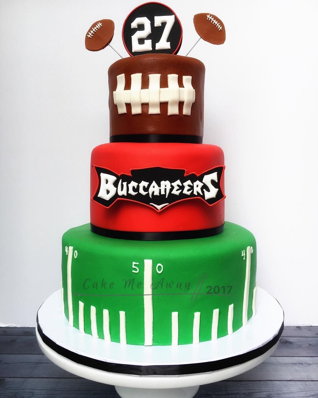 Tremendous A 27Th Birthday Cake For A Tampa Bay Bucs Fan How Appropriate For Personalised Birthday Cards Veneteletsinfo