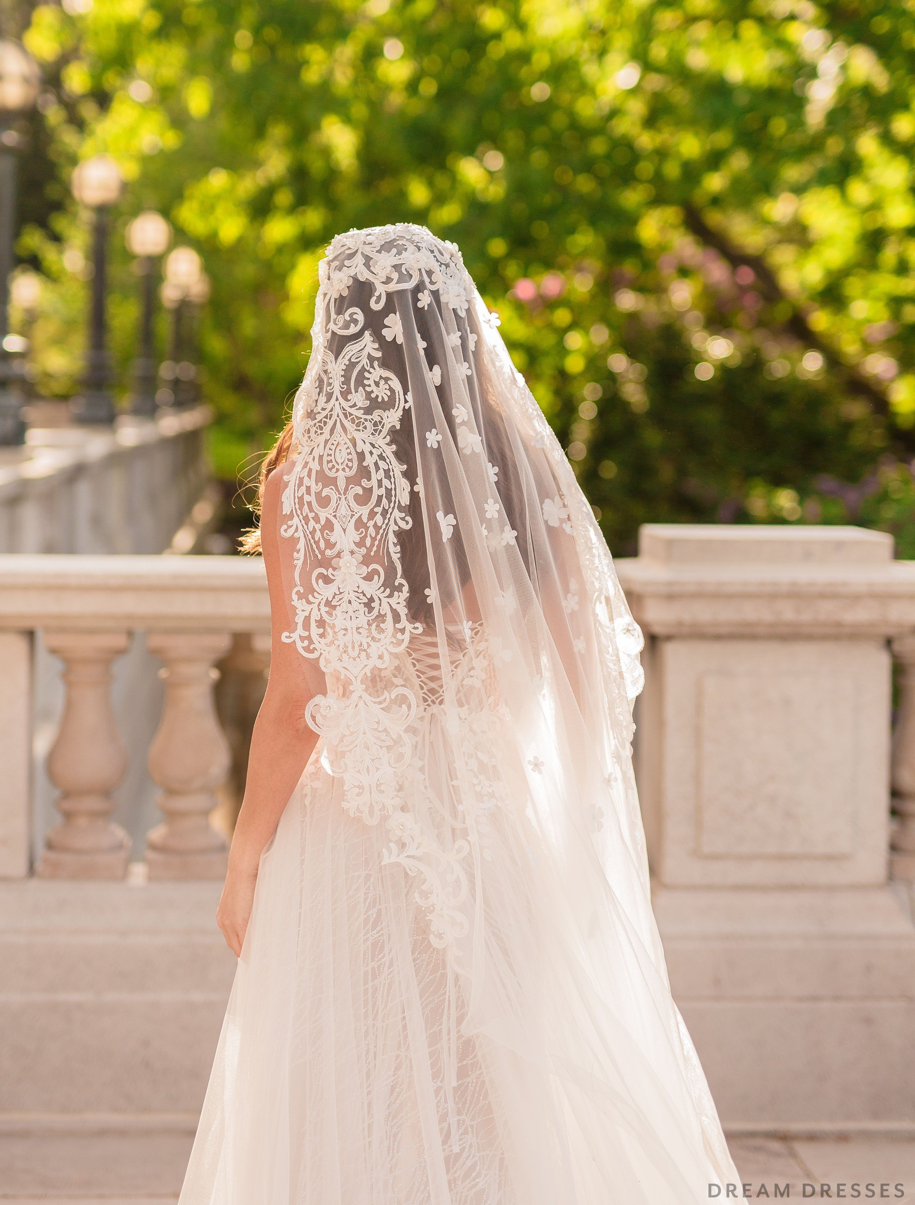 32++ Wedding mantilla veil pic info