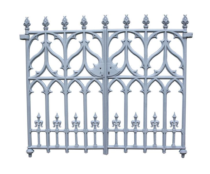 Pair Of Fine Victorian Gothic Revival Cast Iron Gates Uk