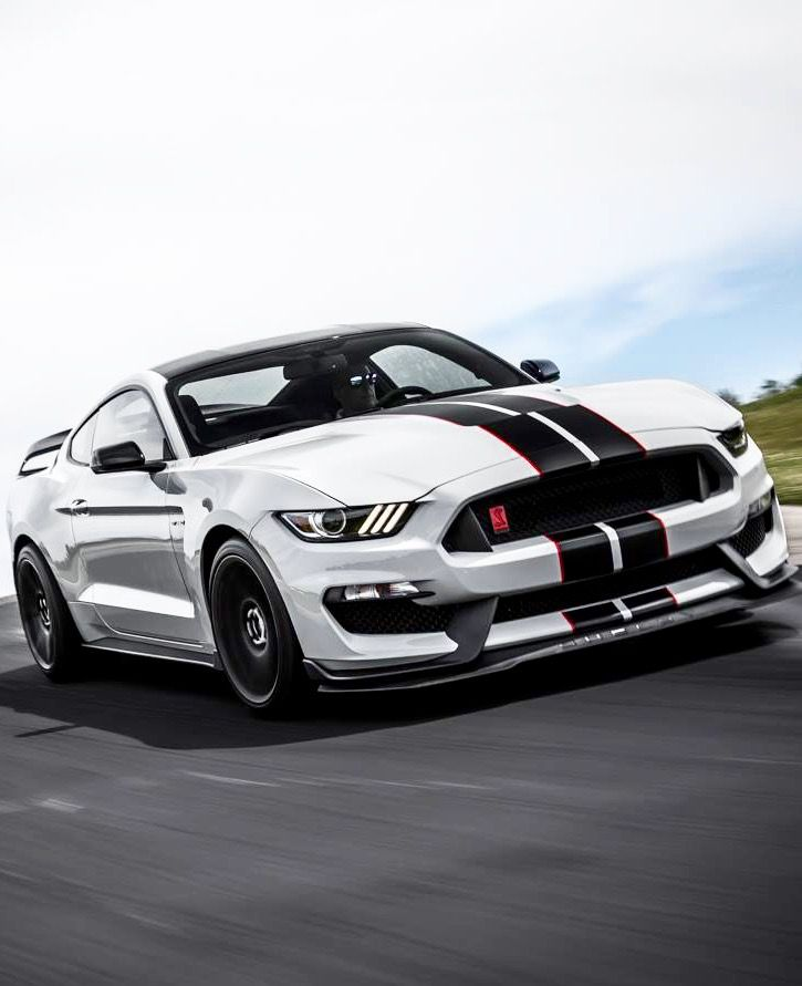 Ford Mustang Shelby GT350R …