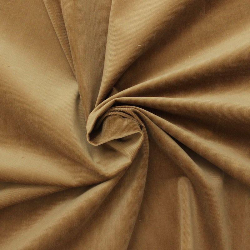 Tissu Velours Cotele Fin Et Stretch Ideal Pour La Confection De Vetements Et D Accessoires De Mode Depuis Plus De 200 Ans Cosserat Produit De Facon Tradition
