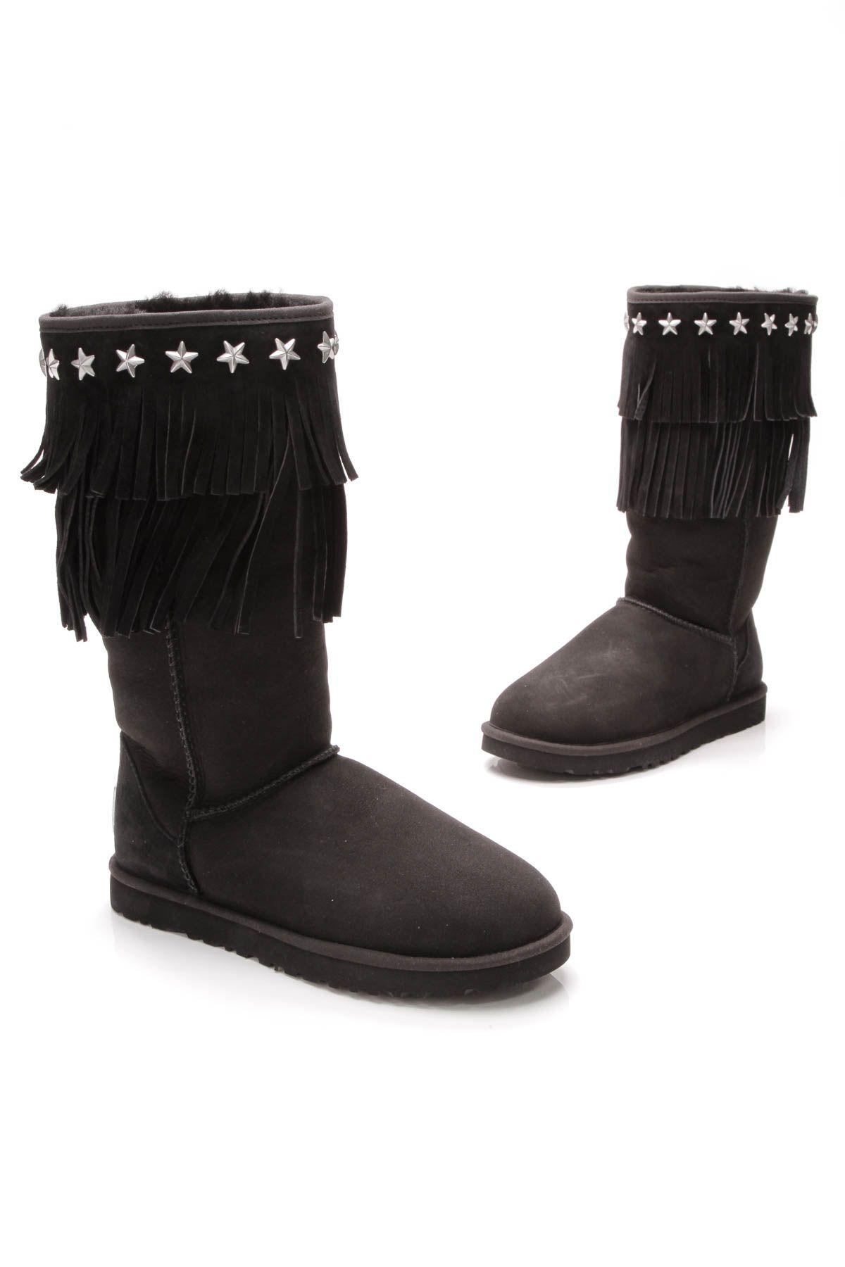 a0eaff8fb22 Ugg Sora Boots - Black Sheepskin Suede Size 8