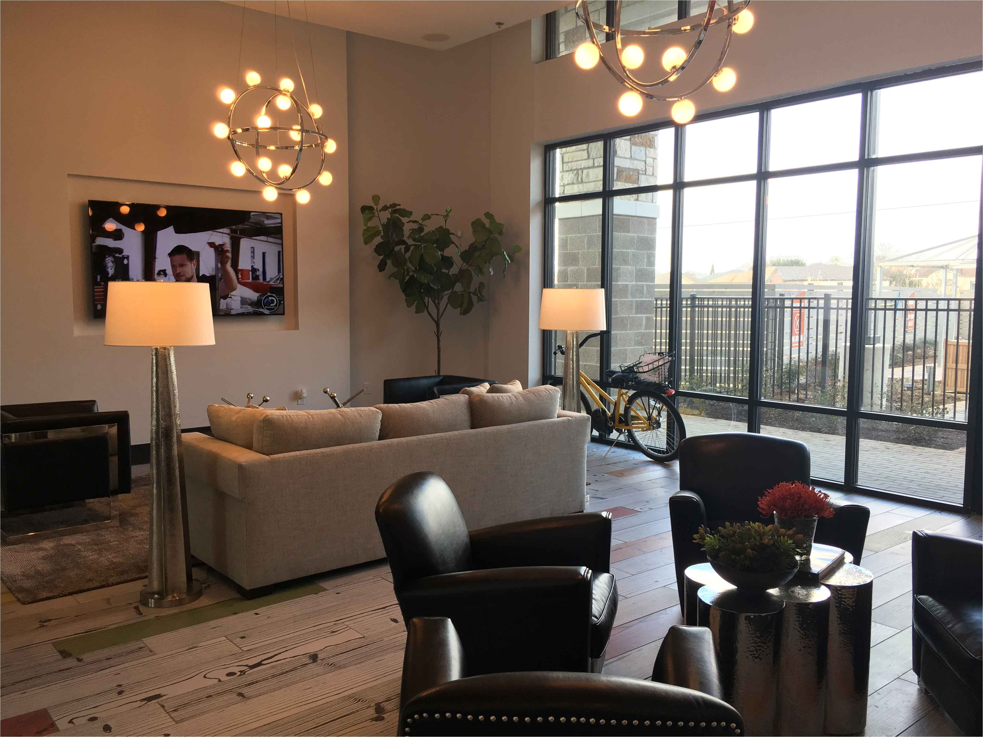 Studio For Monthly Rent In Discovery Gardens