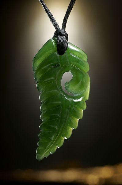 Jade Schmuck Anhänger Silver Fern Leaf