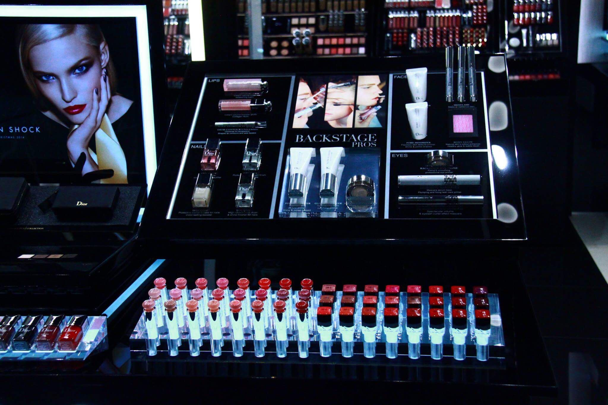 Make-up and cosmetic display made of acrylic for a store stand. Retail design.