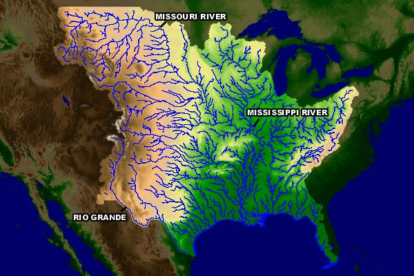 map shows all the major waterways draining into the gulf of mexico from the continental us