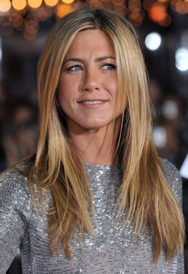 jennifer aniston most stunning long hairstyles haare blond braun pinterest jennifer. Black Bedroom Furniture Sets. Home Design Ideas