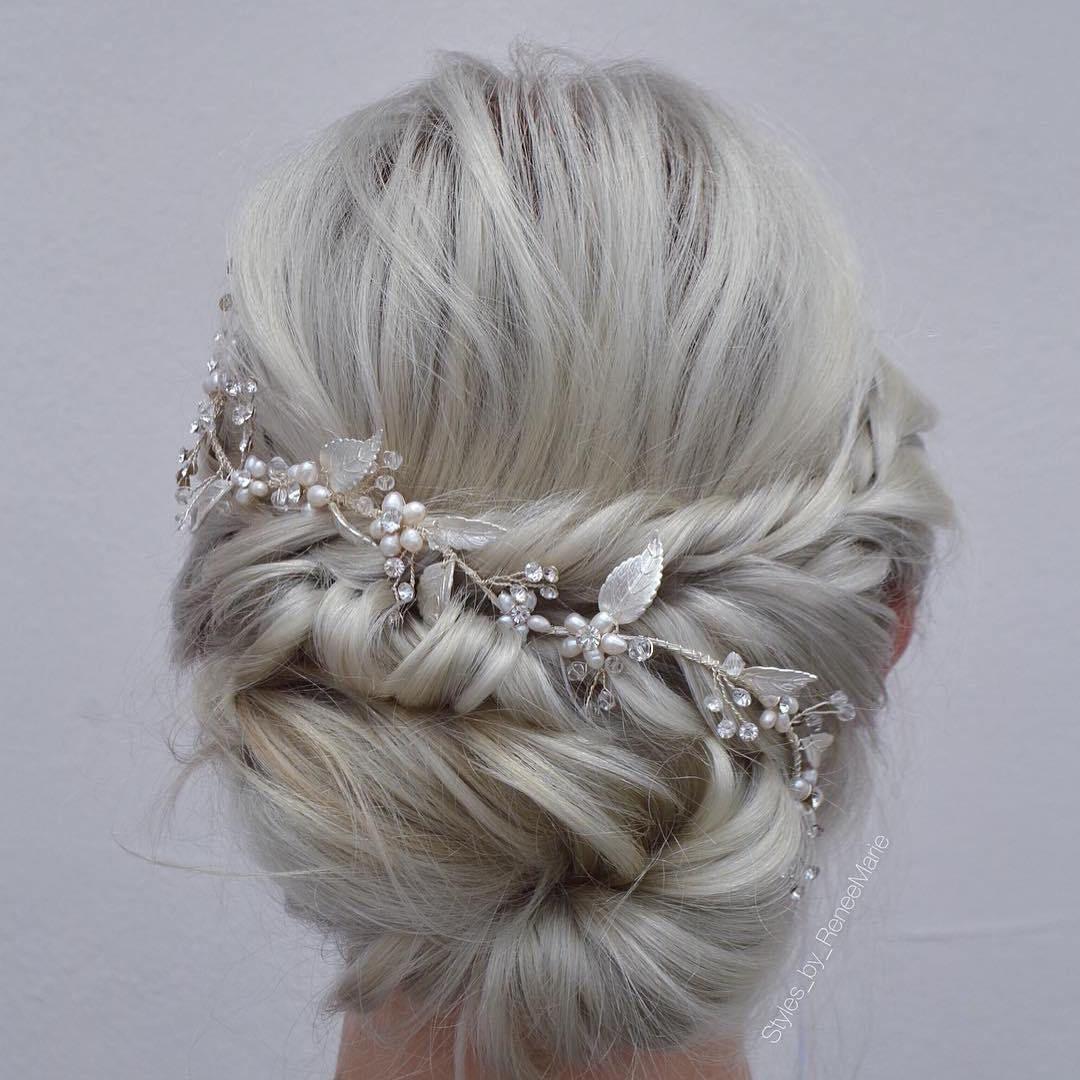 Blonde+Wedding+Updo