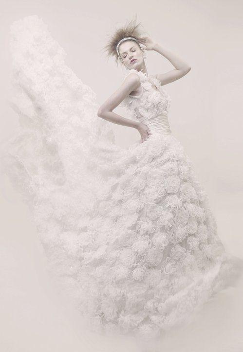 vestido de novia del diseñador jose luis abarca en maria bugarini
