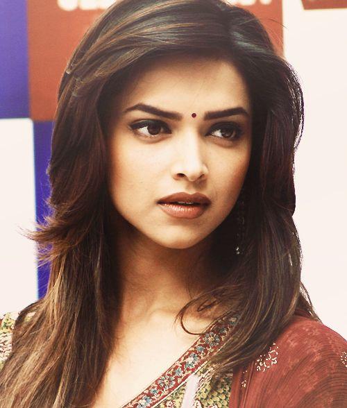 Deepika Padukone | Deepika padukone hair, Medium hair ...