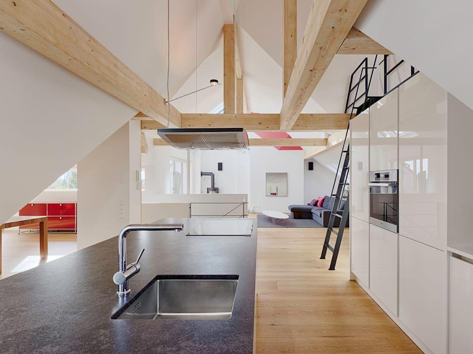 Dachgeschossausbau moderne küchen von partner