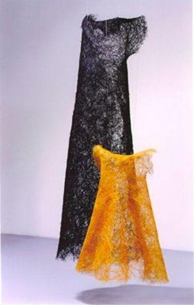 Mia Olsson : Konsthantverkscentrum - Remembrance. 165/ 65 cm hög. Kokosfibrer/ sisalfibrer. Egen teknik.