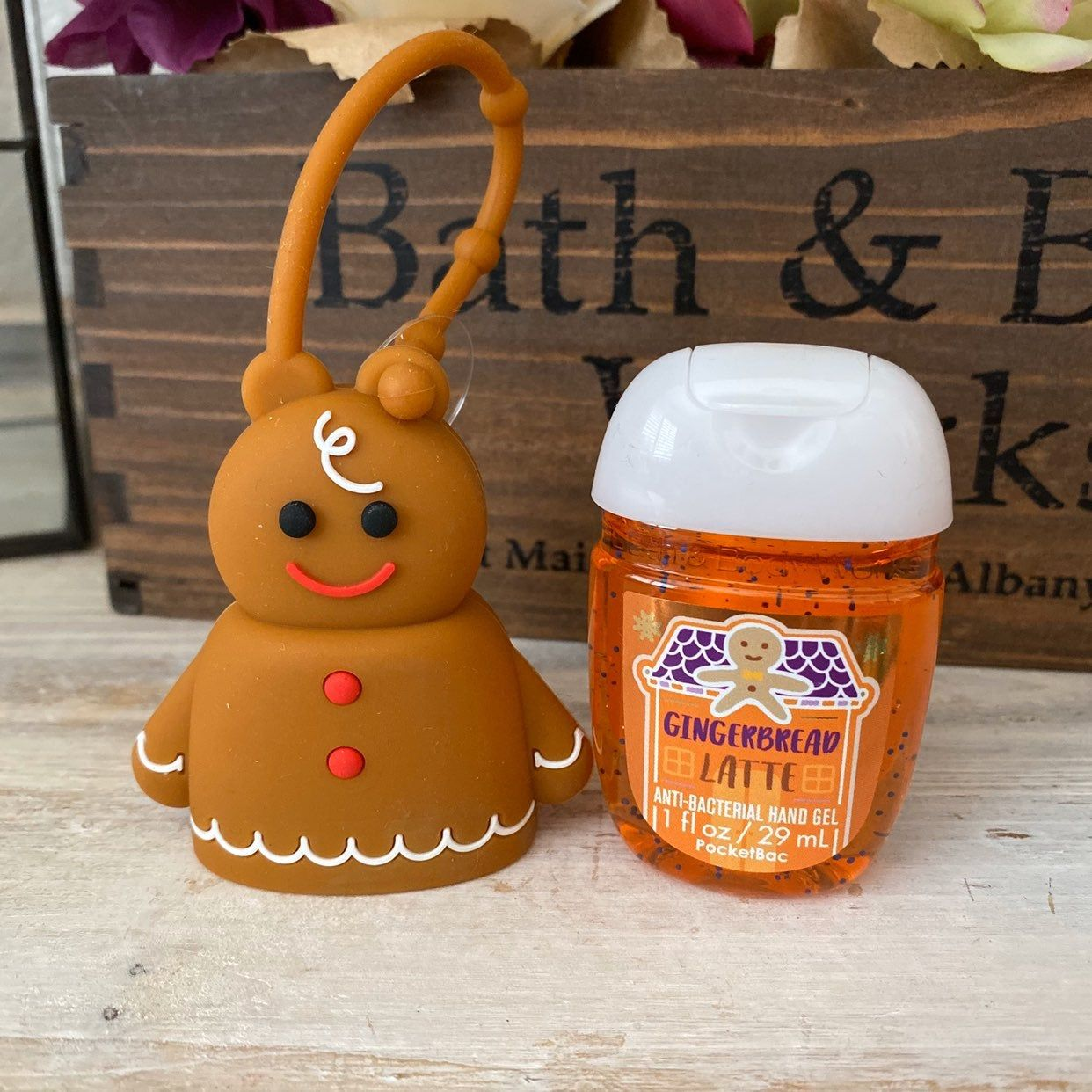Bath Body Works Pocketbac Set Gingerbread Man Silicone Pocketbac