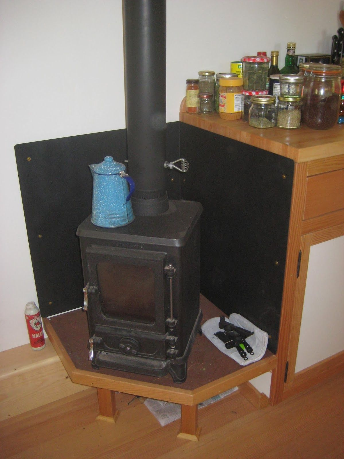 Quot The Hobbit Quot Heater Stove For A Tiny House Kenny And