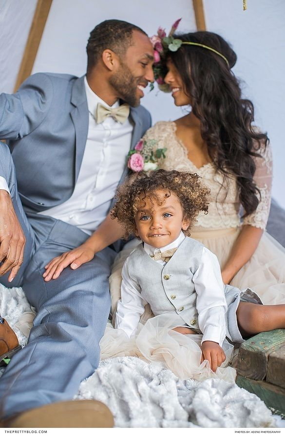 Beautiful photoshoot that portrays the love between family | Photography by Adene Photography | Flowers and Styling by Kadou | Husband's styling by Moi StylingFashion & Bridal by Alana van Heerden