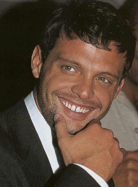 Luis Miguel Gallego Basteri es un cantante y productor musical mexicano nacido en Puerto Rico.