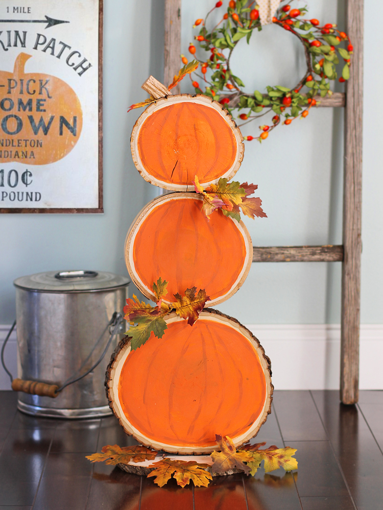 reversible fall and christmas wood slice decoration diy on favorite diy fall decorating ideas add life to your home id=31674