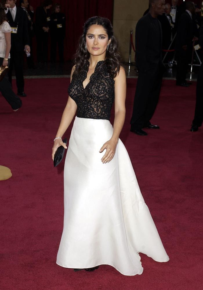 Los vestidos mas memorables de los Oscar, Salma Hayek, 2003.