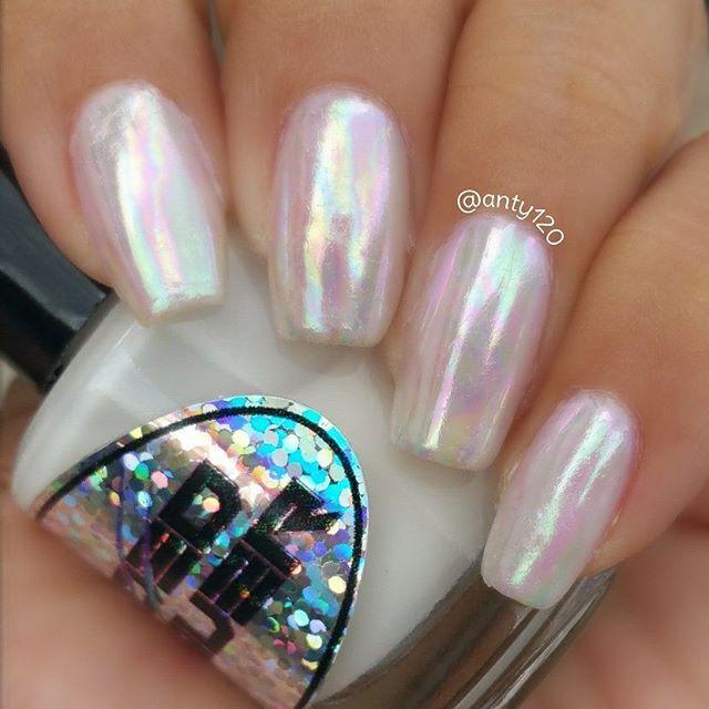 Instagram photo by anty120 Opal Nail Polish, Opal Nails, Cute Nail Polish, Bling