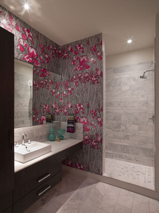 This Wallpaper Is So Fun Love The Missoni Hand Towel And Pop Of - Designer hand towels for small bathroom ideas