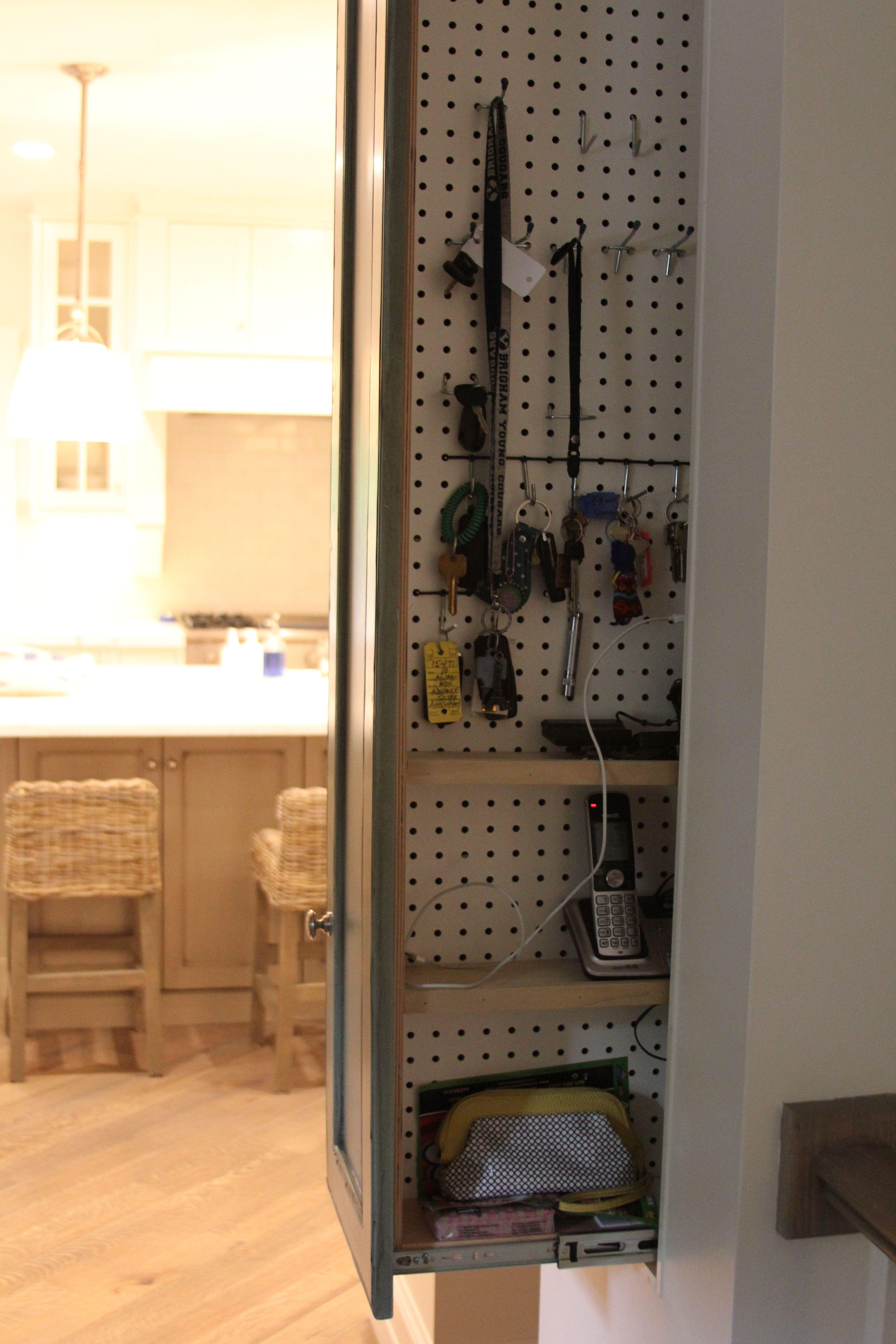 Neat Hidden Compartment For Keys Charging Phones Etc Home Drawer Kitchen Kitchenideas Slidingdrawer Homeideas Smarthome