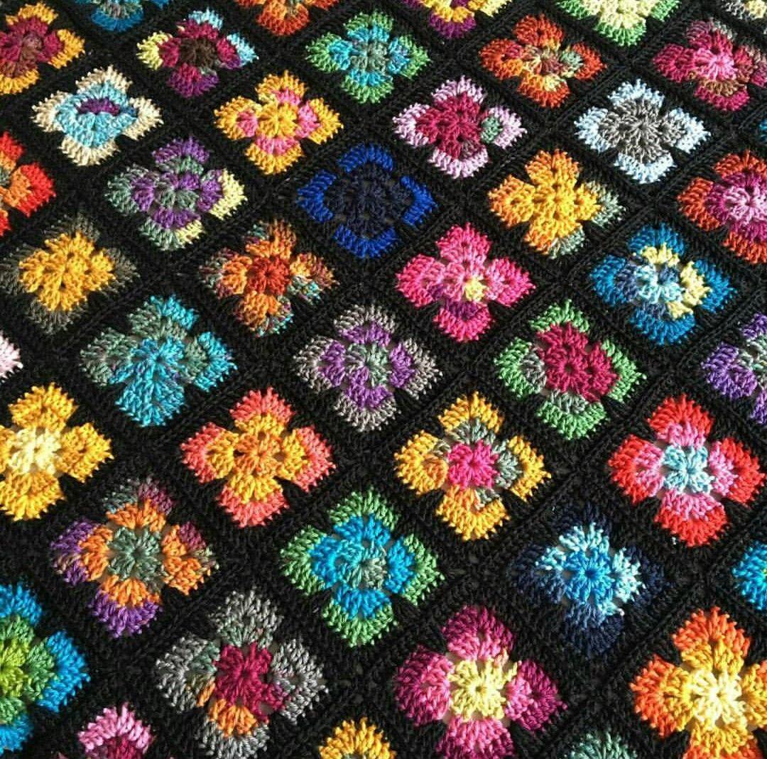 Pin von Carmenza Cuadros auf colchas crochet | Pinterest
