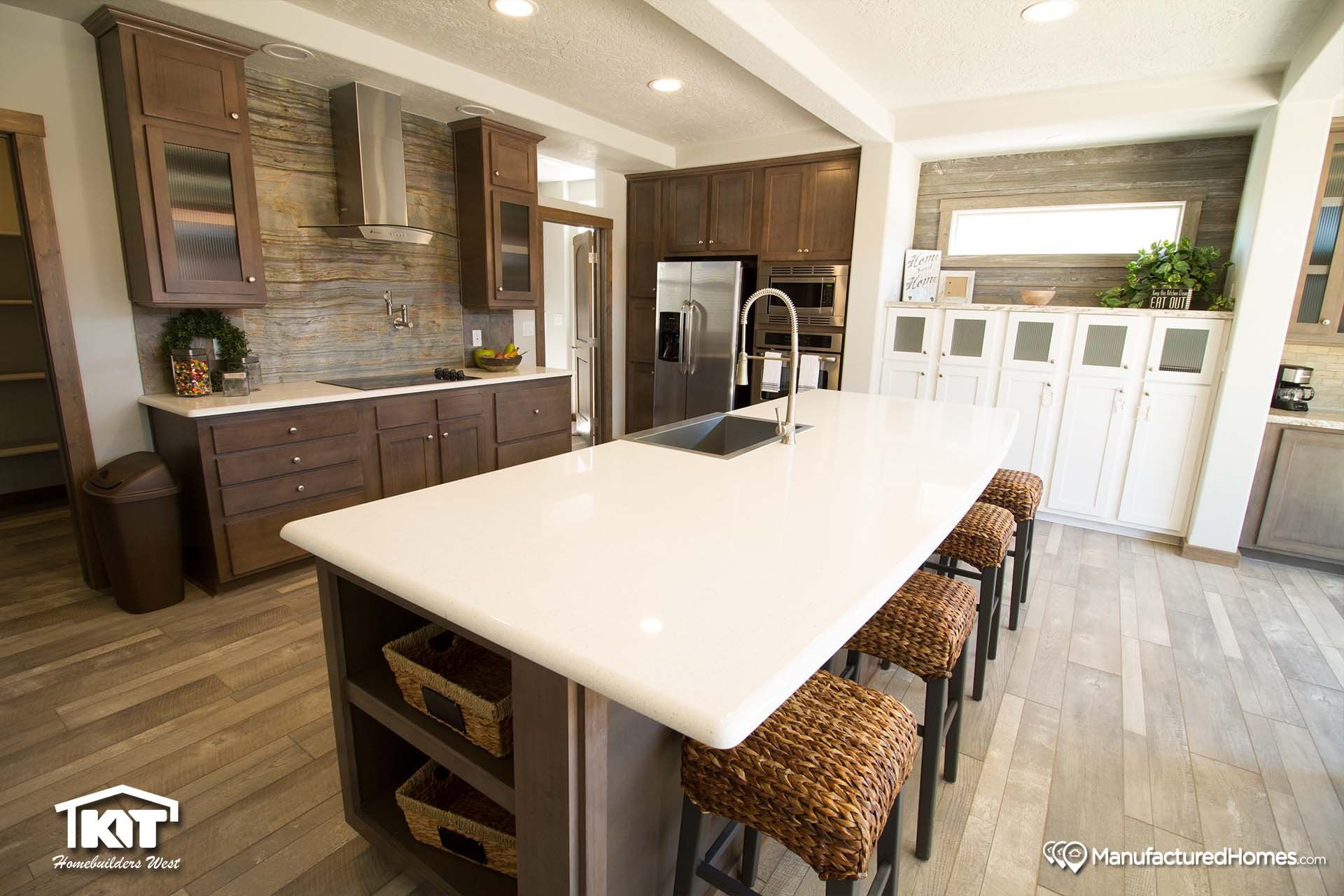 Grand Manor 6009 Kitchen Manufactured home